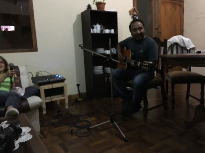 Richard played a few worship songs in Spanish